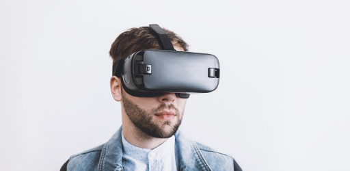 Survey on the use of virtual reality for design review sessions (model-based design strategy)